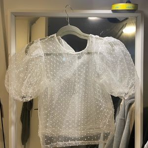 PUFFER CROPPED TOP